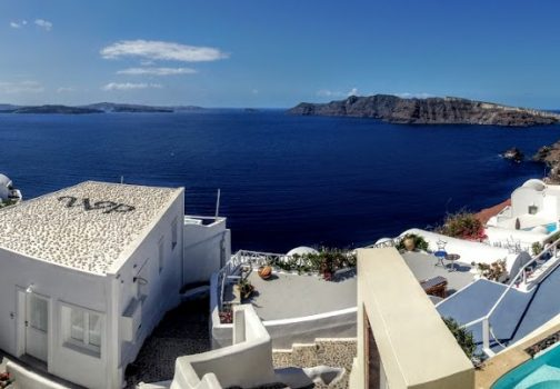 Finding the top tours in Santorini with a click!