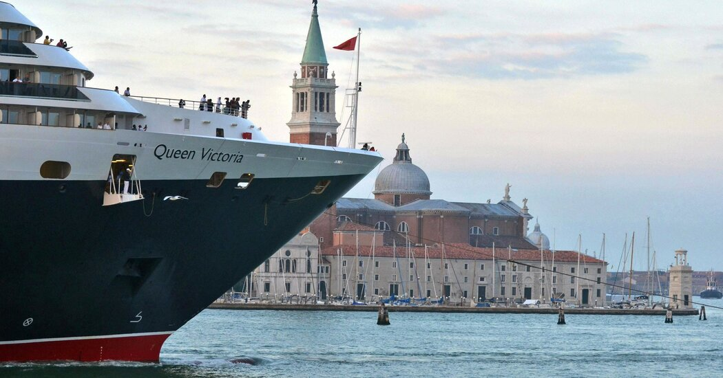 Italy Bans Cruise Liners From Venice Lagoon, With a Catch